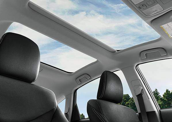 prius-v-interior-moonroof