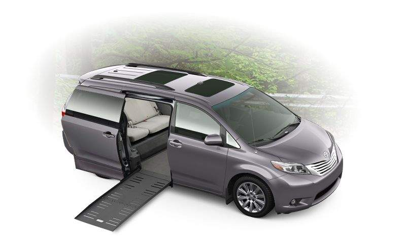 sienna-features-toyota-mobility-ramp