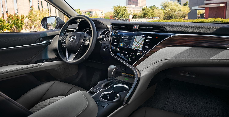 2018 Toyota Camry - Walkerton Toyota