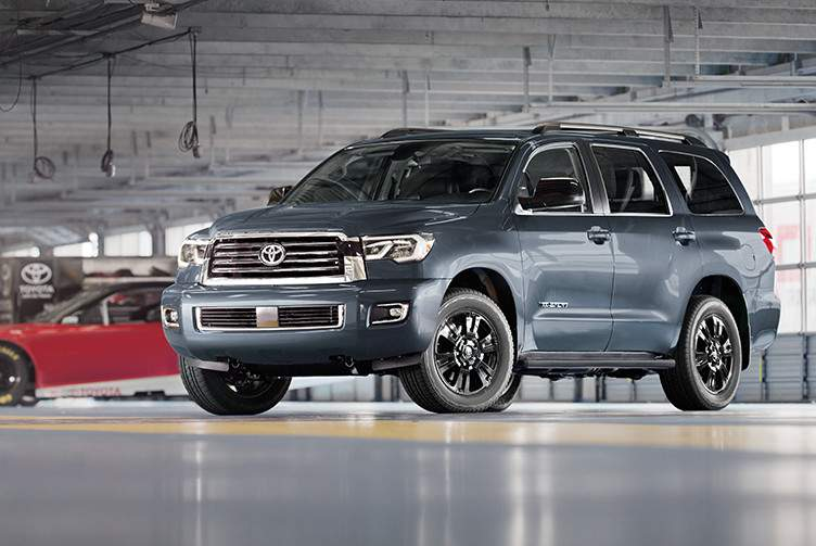 toyota-2018-sequoia-features-performance-trd-sport-package-l