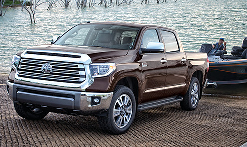 toyota-2018-tundra-4x4-crewmax-1794-edition-towing-l